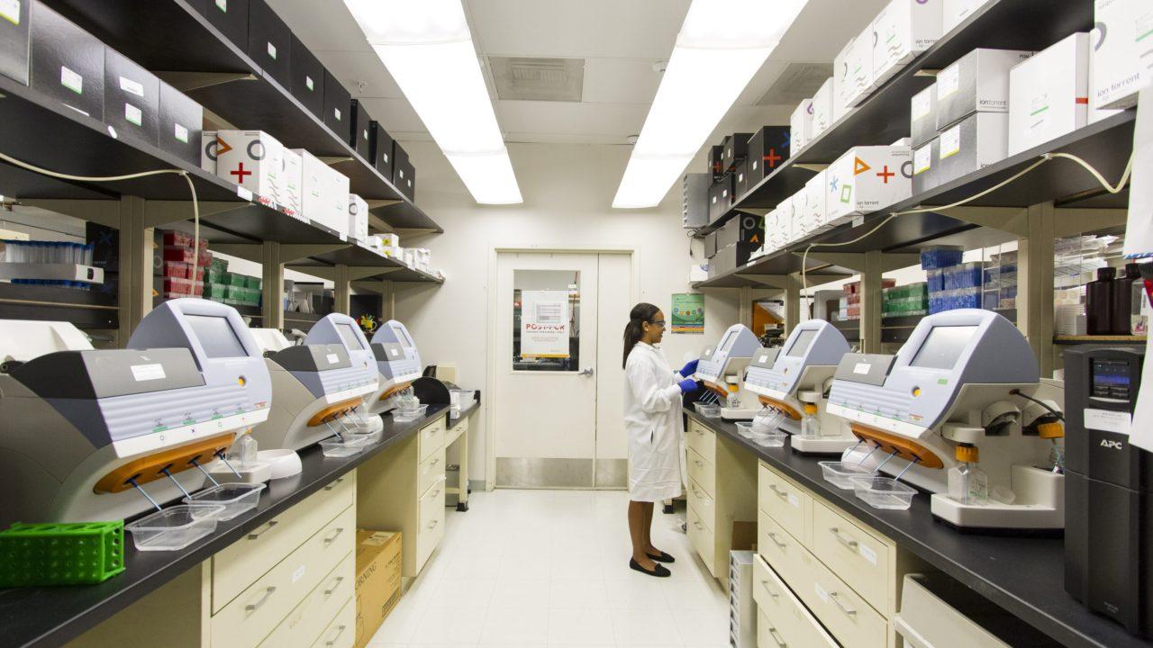 国立がん研究センター中央病院 どこ コロナ 看護師 中央区 築地