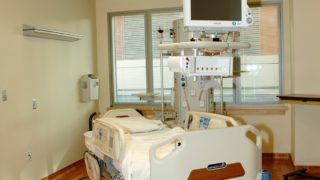 十和田市 コロナ 十和田市立中央病院 場所 どこ